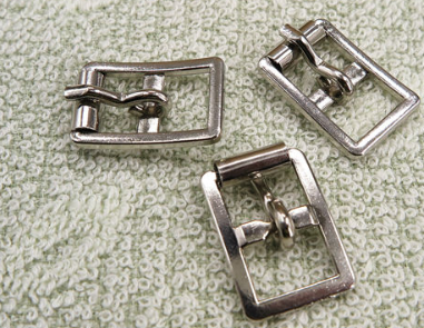 zinc diecasting buckle with roller for horse riding/horse racing(buckle-04)