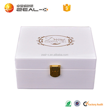 White Painted Wood Box WIth Metal For Essential Oil Packing, Inside Wood Grids Custom Logo Silk Printing Luxury Packing