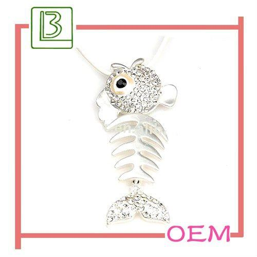 Fashion rhinestone fish bone shaped necklace pendent