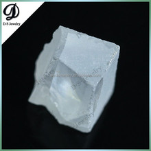 Wuzhou uncut synthetic diamond raw rough cubic zirconia stopne for sale