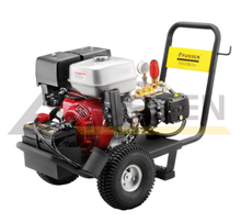 High Density Pressure Cleaner Briggs and Stratton 13.5 HP Petrol Engine 3915 PSI Petrol High Pressure Cleaner