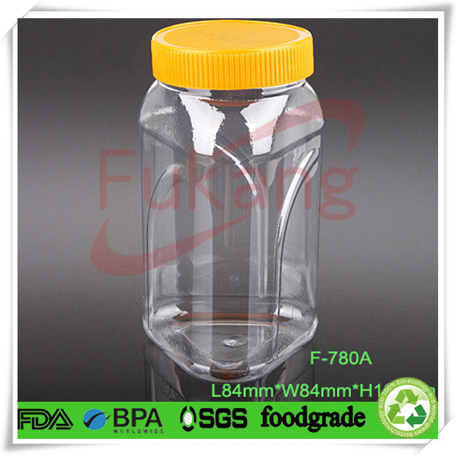 780ml triangular plastic bottles for liquor with colored screw lid