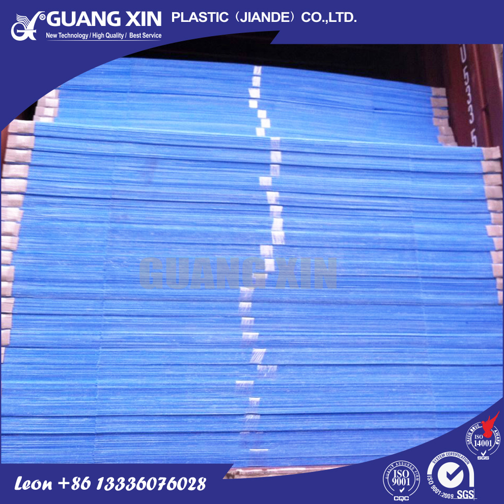 Easy to be printed insulated plastic sheet