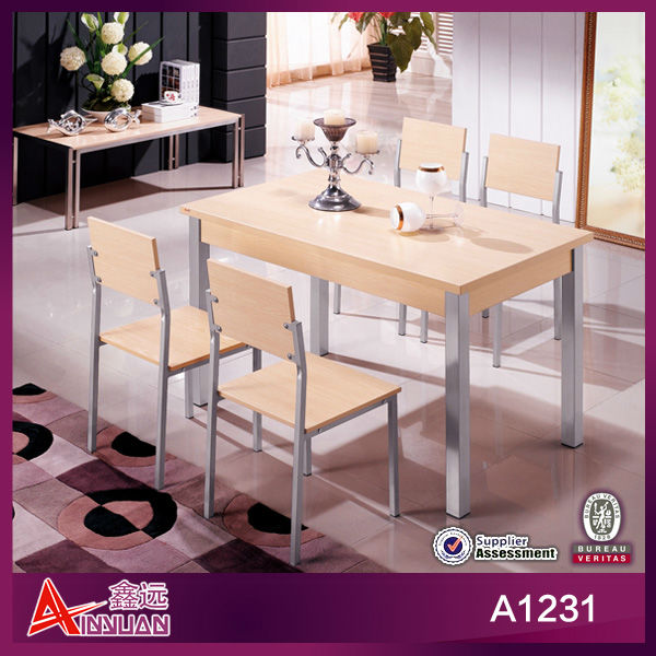 5 piece popular metal frame wooden top dining table