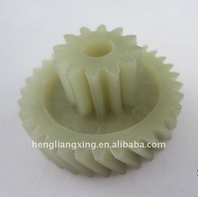 Strong nylon helical gear for paper shredder