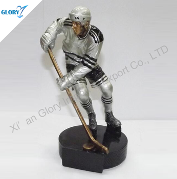 Wholesale Action Sport Resin Statue for Ice Hockey