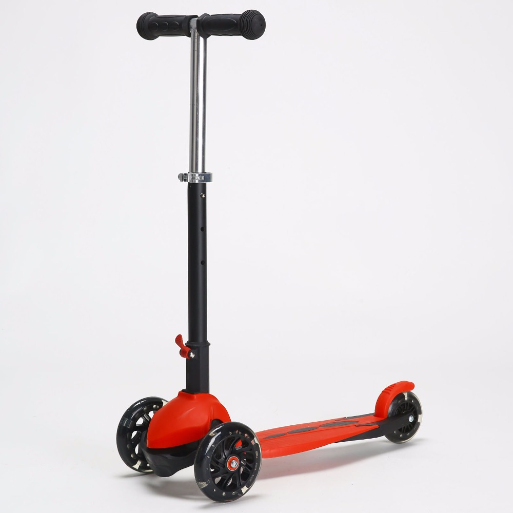 Hot Selling Wholesale Foldable Foot Kick Mini Scooter with Light
