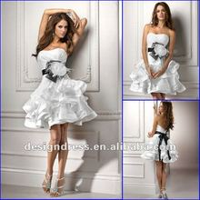 Charming feather layered princess sexy short wedding dresses fashion 2012