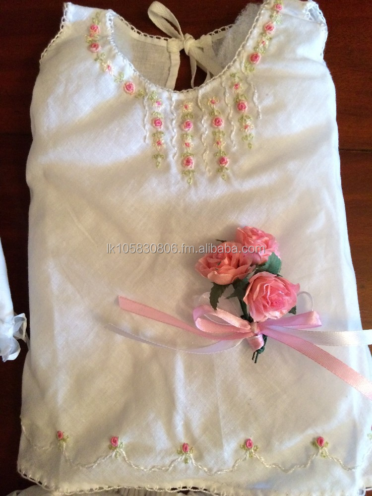 Infant suit with hand embroidery