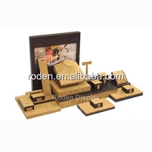 new india jewelry display wooden/suede jewellery window display set