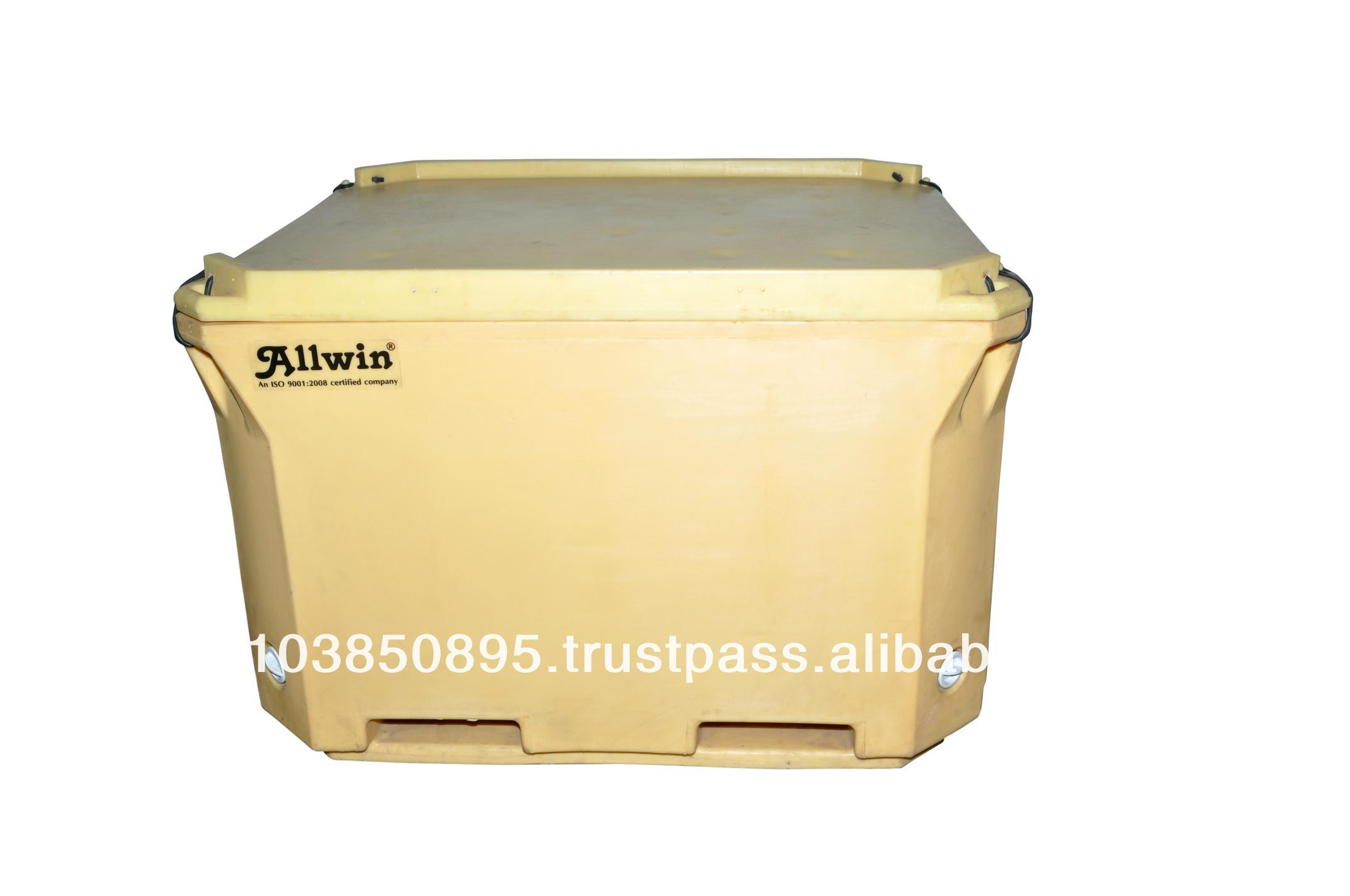 Insulated Fish Tubs - 660 Liter