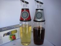 Kitchen Gadget Press Measure Vinegar Oil Dispenser Bottle