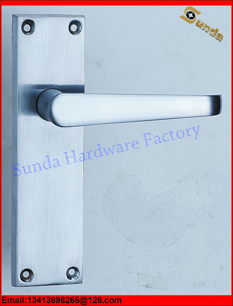 Euro Door Handle And Lock For Wooden Door