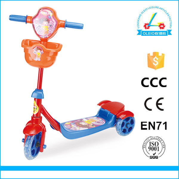 Perfect kids scooter cute design plastic body scooter kickstand
