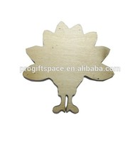 2018 natural wooden peacock shape for DIY made in China