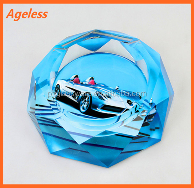2015 fashion high quality glass ashtray with beautiful printing