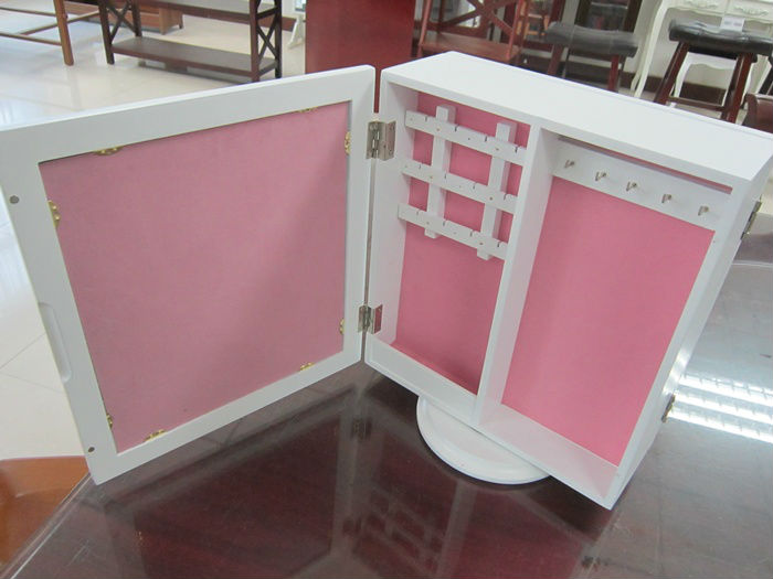 mini mirrored jewelry armoire
