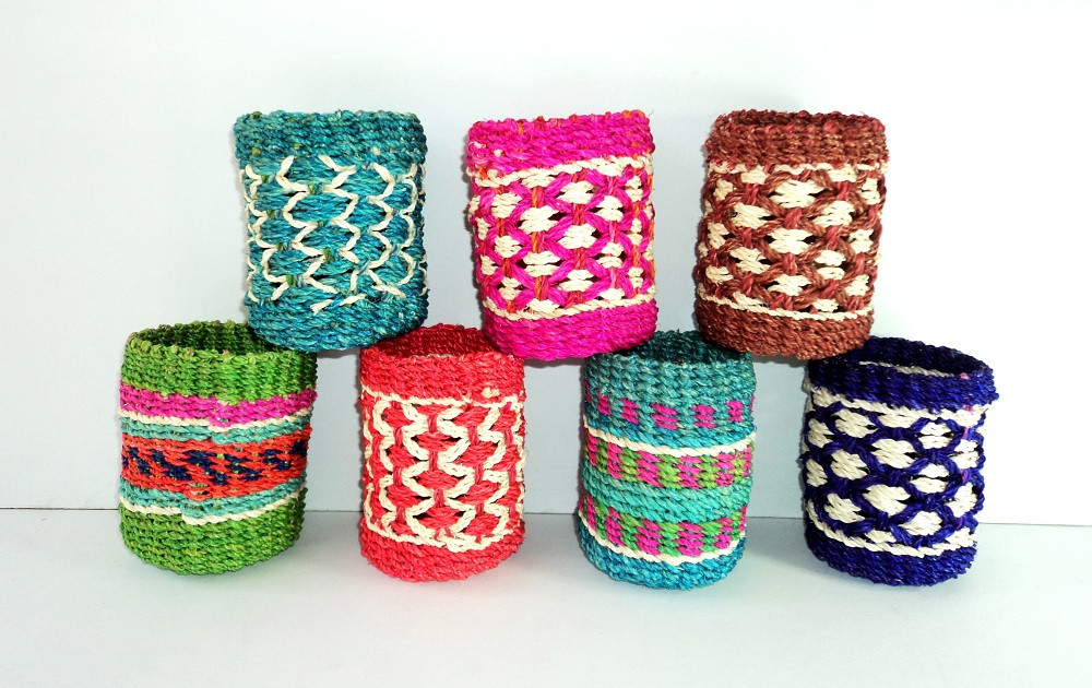 Abaca Pencil Holder