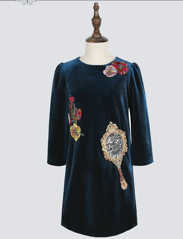 Autumn winter round neck long sleeve hand made embroidery bead velvet girls dress China gament manufacturer