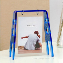 2016 new design acrylic swing shaped photo frame