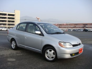 TOYOTA PLATZ used car