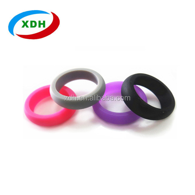 Hot Sale Custom and Eco-friendly silicone men's wedding ring