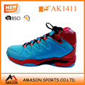 2018 new fashion style men basketball shoes in China