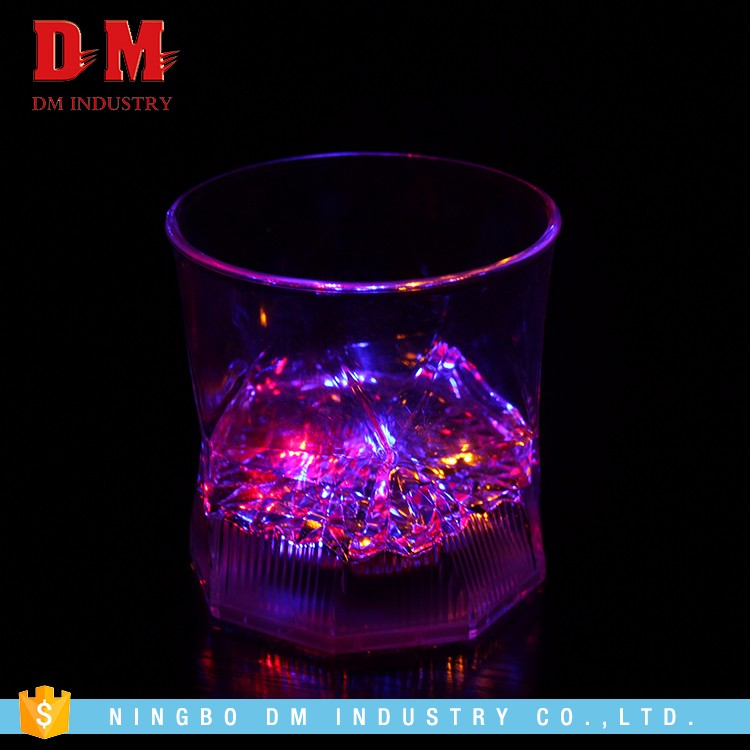 Cheap Wholesale Colorful Manufacture Light Up Plastic Cup