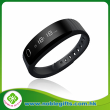 The smart watch of Guangzhou mobile accessories market with various functions for business men