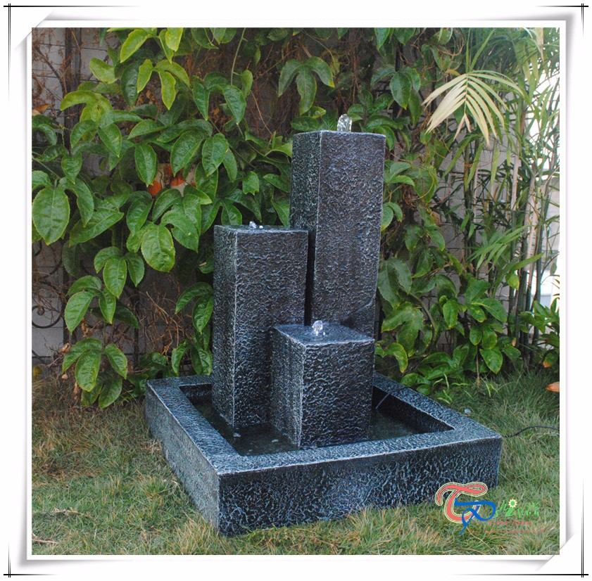 Imitate Stone Three Pillars Resin Outdoor Unitque Water Feature