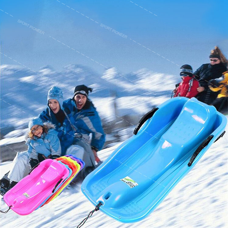 Controllable Plastic Snow Sled for Skiing