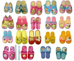 character applique patchwork embroidery designs indoor SLIPPERS SHOES (JB-SL15)