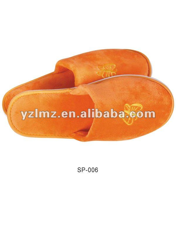 hotel slipper with 100% cotton velour fabric