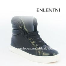 Fashion hotsale high-top sports shoes leather sneakers with customized logo