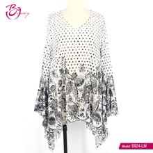 Polyester Fiber frill Hem Long Sleeve black white floral contrast ethnic muslim style casual blouse for middle age woman