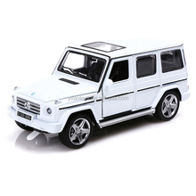 MZ 1:32 Scale Alloy Benz G55 Pull Back Mini Car Model Toys Can Open the Door 25074A With LED Lights
