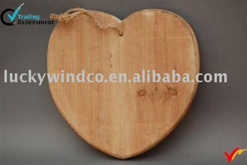 Heart wooden cheese tool
