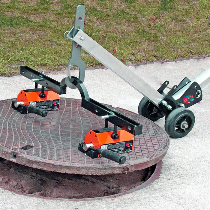 manhole buddy,manhole cover lifter,manhole lifter,Magnet with Steel Dolly.jpg
