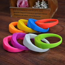 (In Stock) Colorful Sound Activated Remote Controlled Led Bracelet , Silicon LED Bracelet, Led Glow Wristband for Gift