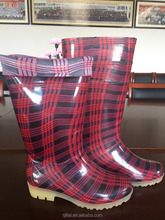 Light beautiful women's rain boots
