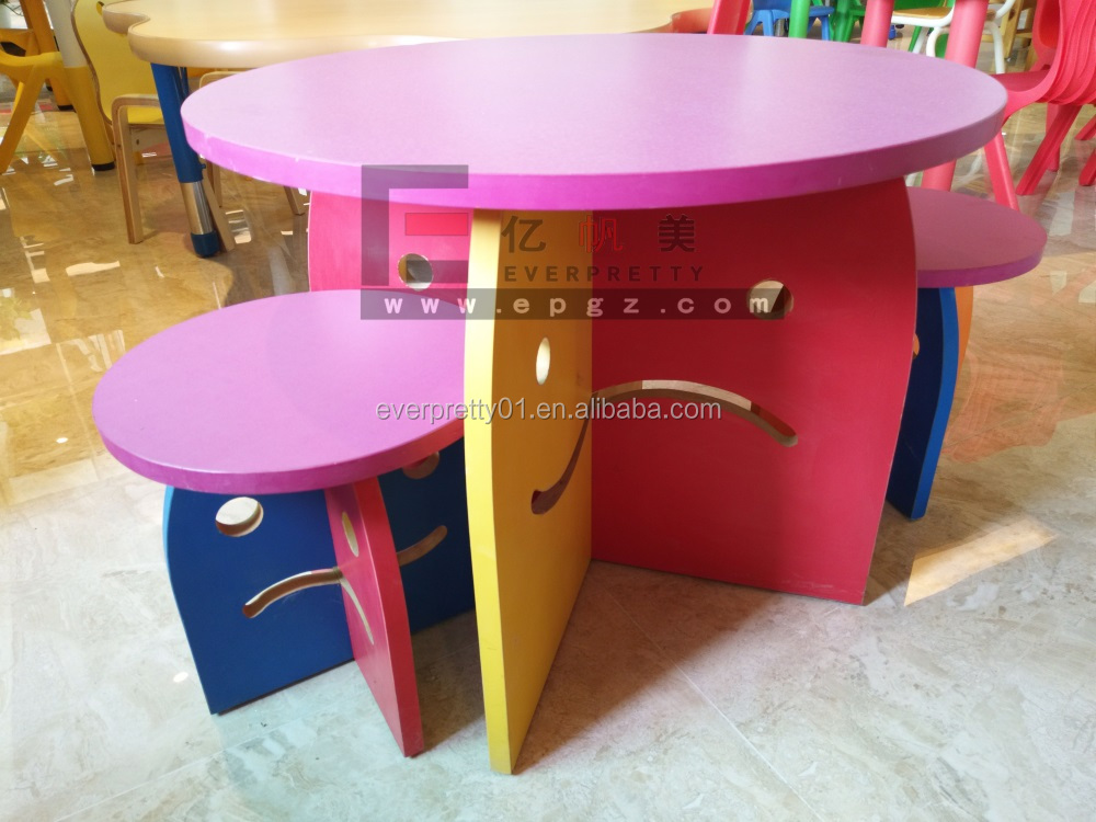 Wooden Round Table With Round Bench for School