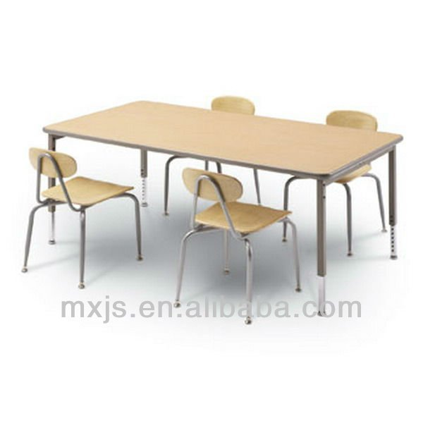 4 persons wood dinning table set