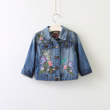 2017 High quality Girls trench coat kids denim embroidered jacket