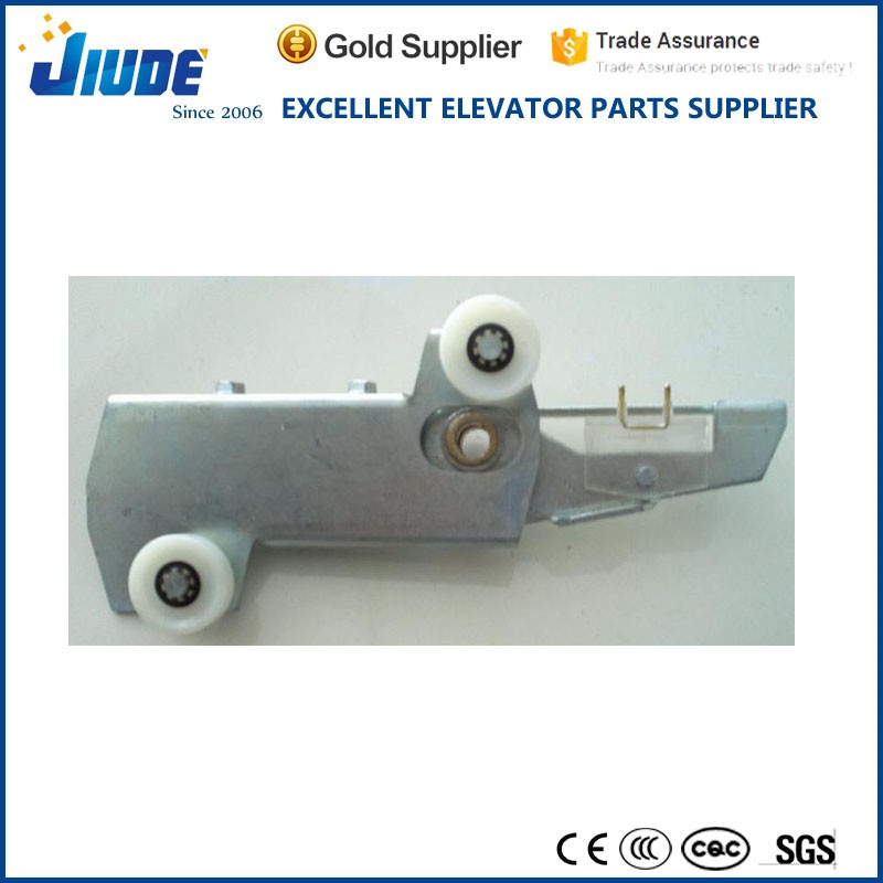 Fermator type elevator parts right opening landing door lock