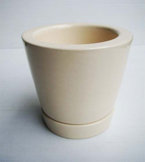 Ceramic Plant Pot with White saucer