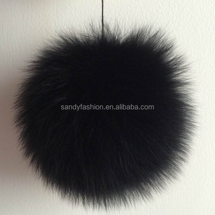 Top Ball On Winter Beanies Wholesale Real Genuine Fox Fur Ball Keychain Or Buttons Dyeing Fox Fur Pom Poms