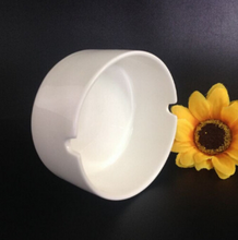 custom ceramic ashtray,white porcelain ashtray