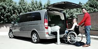 Wheelchair vehicle lift