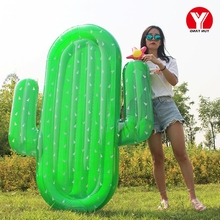 Wholesale Green desert plant inflatable cactus pool float for adult water play