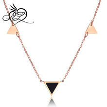 Simple Design Stainless Steel Rose Gold Plated Women Geometric Triangle Pendant Clavicle Necklace